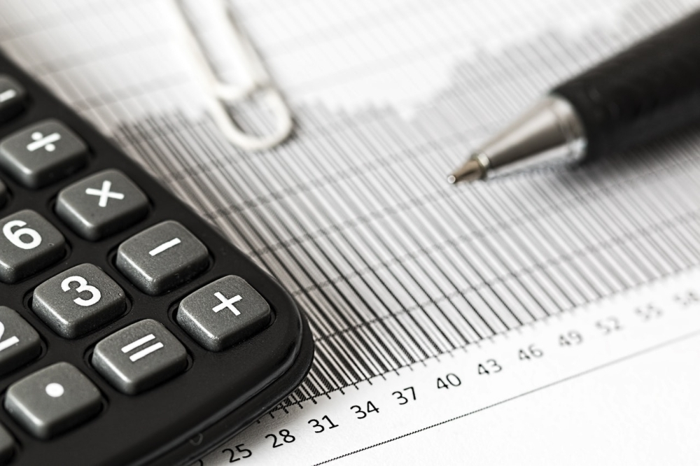 Tarrant County total tax rate for fiscal year 2022 includes a maintenance and operation rate of $0.213553 per $100 valuation and a debt service rate of $0.015447 per $100 valuation. (Courtesy Pexels)