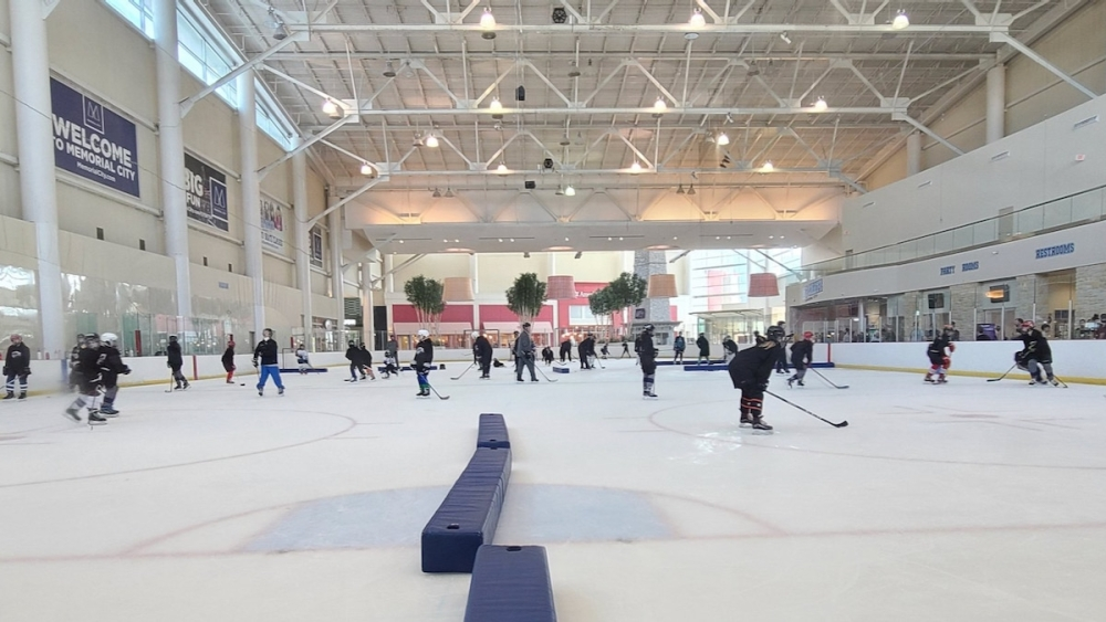 At a Sept. 11 practice, Houston Girls Hockey Association teams took the ice to prepare for their first games the weekend of Sept. 17. (Courtesy Houston Girls Hockey Association)
