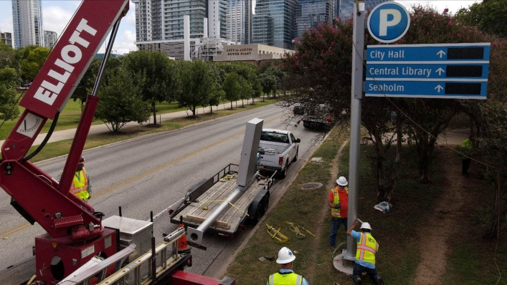 The new signs are visible at the intersections of San Antonio Street and Sandra Muraida Way. (Courtesy Austin Transportation Department)