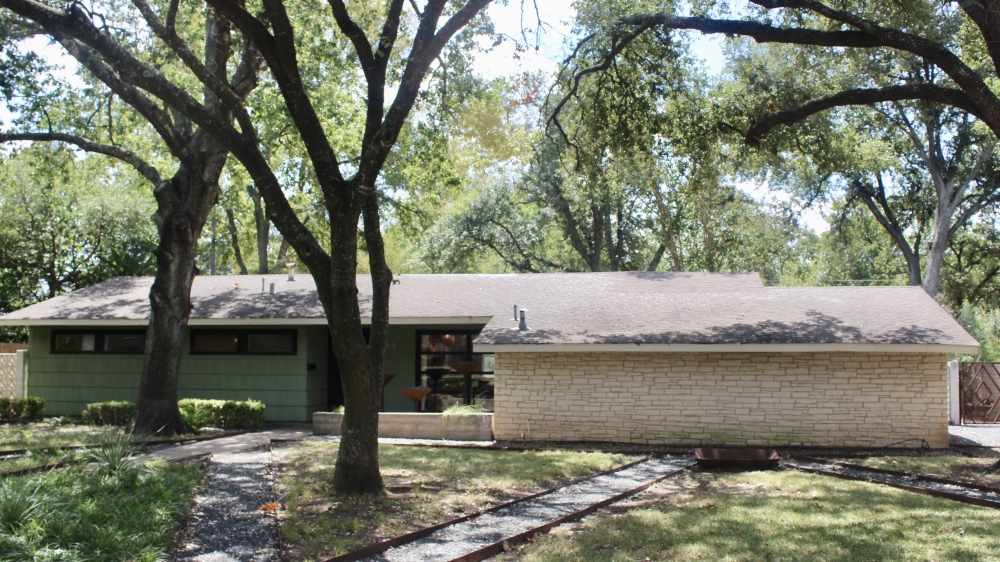 Several homes in Allandale comprise the Austin Air-Conditioned Village Historic District. (Ben Thompson/Community Impact Newspaper)