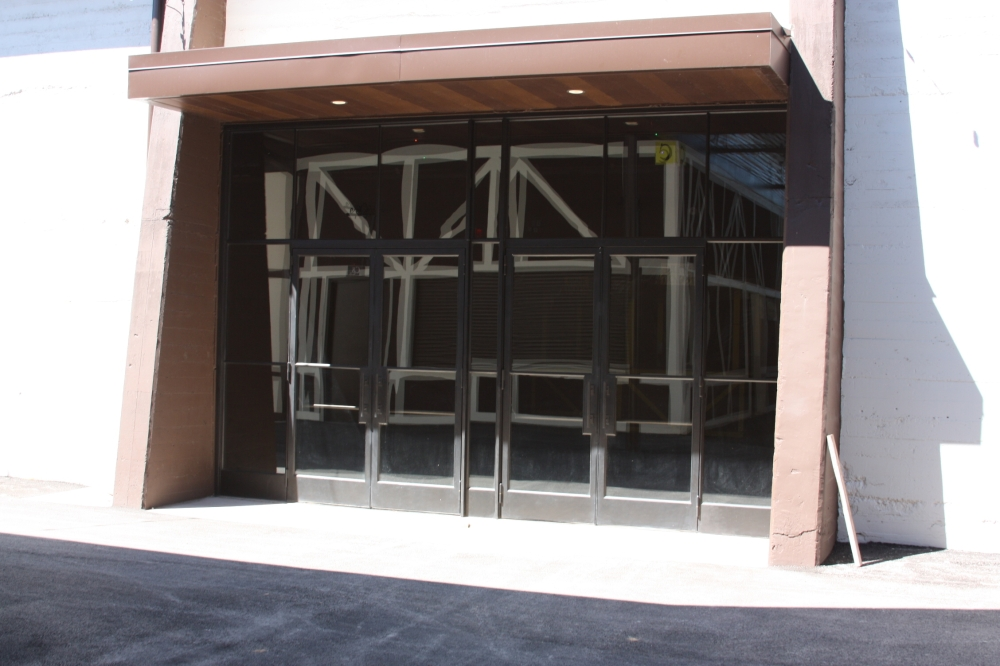 The entrances to the Wursthalle now have glass doors and new awnings.