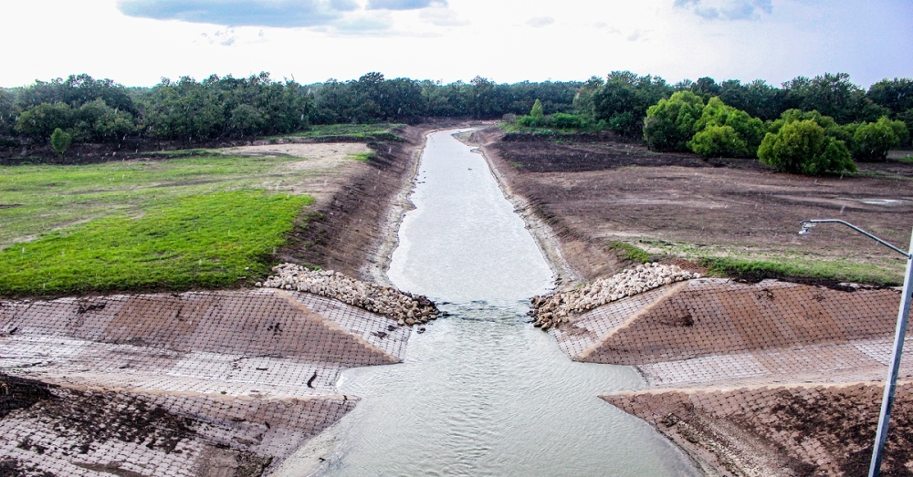 Corps officials said the reservoir gates close when there are more than 2 inches of rain upstream of the dam or 1 inch downstream.  (Laura Aebi/Community Impact Newspaper)