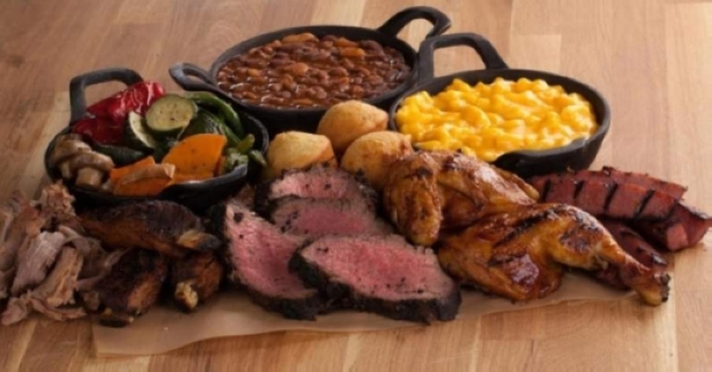 The menu featured sandwiches, barbecue platters, burgers and salads. (Courtesy Tri Tip Grill)
