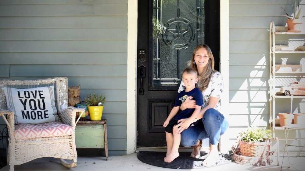 Sabrina Jackson and her young son, Berend, stayed at this Airbnb in Frisco in September. (Matt Payne/Community Impact Newspaper)