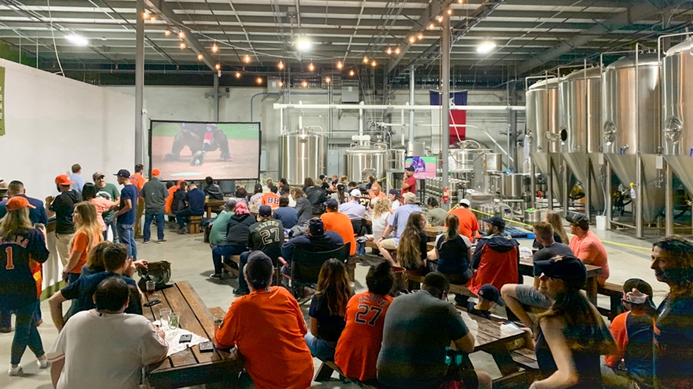 Looking for the best spots in Sugar Land and Missouri City to watch the game? One of those spots is Texas Leaguer Brewing! (Photo courtesy Texas Leaguer Brewing)