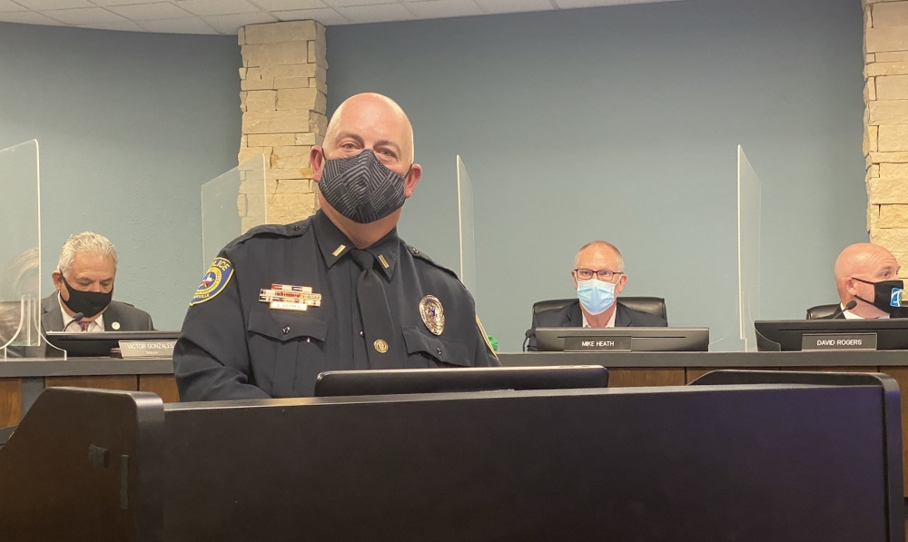 Pflugerville Police Department Lt. Chet Vronka addresses attendees at the Oct. 12 City Council meeting. (Brian Rash/Community Impact Newspaper)