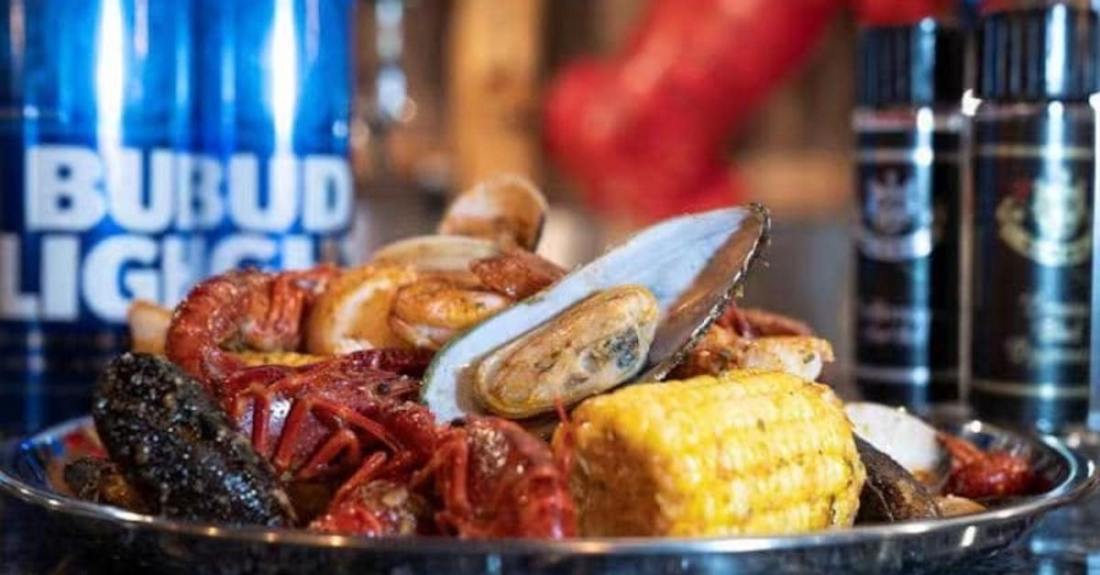 Check out the five newest restaurants now open or coming soon to Sugar Land and Missouri City. (Courtesy Happy Crab)