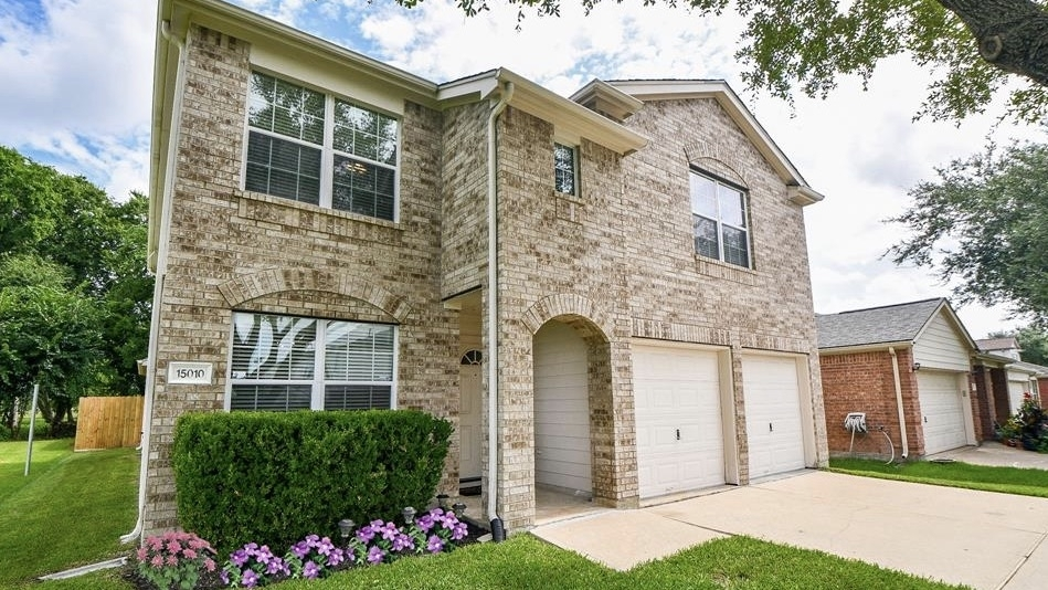 At 2,911 square feet, and with four bedrooms and two and a half bathrooms, 15010 Sugarhollow Drive sold for between $285,001-$325,000 on Aug. 18. (Courtesy Houston Association of Realtors)