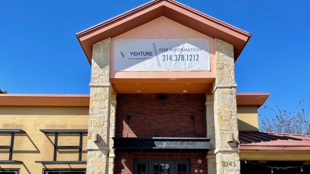 Applebee's Grill   Bar is closed at 3141 Preston Road, Frisco. (Matt Payne/Community Impact Newspaper)