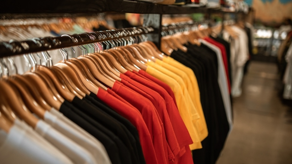 Your Boutique Shop plans to open at 5038 Broadway, Pearland by the end of November. (Courtesy Pexels)