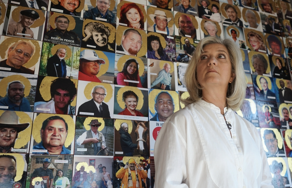 Artist Joni Zavitsanos is looking to bring faces to the names of those who died as a result of the coronavirus pandemic with her exhibit that will be on display through Jan. 31. (Courtesy Joni Zavitsanos)